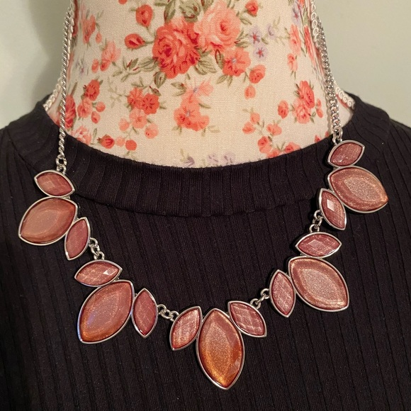 Charming Charlie statement necklace
